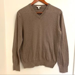 👚4/$25 Gap cashmere Cotten blend taupe sweater